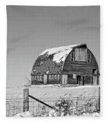 Royal Barn Winter Bnw Fleece Blanket