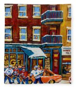 Saint Viateur Bagel With Hockey Fleece Blanket