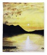 Silhouette Lagoon Fleece Blanket