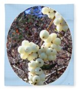 Snowberry Cluster Fleece Blanket