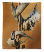 Song Sparrow And Milkweed Fleece Blanket