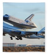 Space Shuttle Atalantis Departs Edwards Afb July 1 2007 Fleece Blanket