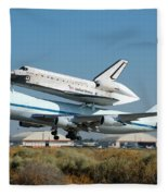 Space Shuttle Discovery Departs Edwards Afb August 19 2005 Fleece Blanket