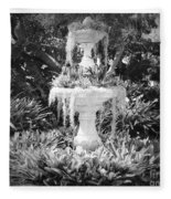 Spanish Moss Fountain With Bromeliads - Black And White Fleece Blanket