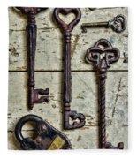 Steampunk - Old Skeleton Keys Fleece Blanket