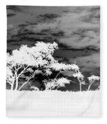 Sunrise Over Fort Salonga B W In Negative Fleece Blanket