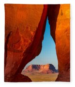 Teardrop Arch Fleece Blanket