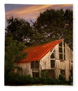The Old Lowdermilk Barn - Red Roof Barn Rustic Country Rural Antique Fleece Blanket