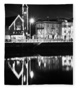 The River Liffey Reflections Bw Fleece Blanket