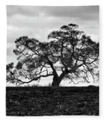 Tortue Oak Fleece Blanket