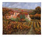 tra le vigne a Montalcino Fleece Blanket