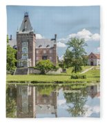 Trollenas Slott Fleece Blanket