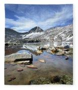 Vee Lake - Sierra Fleece Blanket