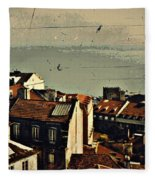 Vintage Lisboa Fleece Blanket