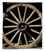 Wagon Wheel Texture Fleece Blanket