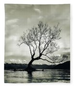 Wanaka Tree - New Zealand  Fleece Blanket
