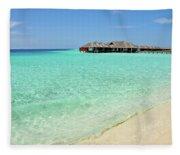 Warm Welcoming. Maldives Fleece Blanket