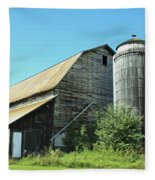Wooden Silo Fleece Blanket