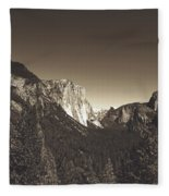 Beautiful Yosemite Valley Fleece Blanket