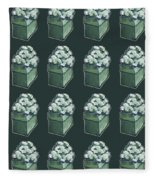 Green Present Pattern Fleece Blanket