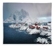 Peace Of Winter Fleece Blanket