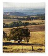 Victoria Countryside Layers Fleece Blanket