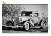 1933 Pontiac -0011bw Carry-all Pouch