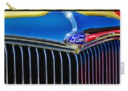 1934 Ford Deluxe Coupe Grille Emblems Carry-all Pouch