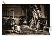 Colonial Table Set Carry-all Pouch