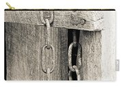 Ladder Chain Bw Carry-all Pouch