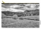Lamar Valley Looking Towards Specimen Ridge Bw- Yellowstone Carry-all Pouch