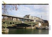 ponte verde a Parigi Carry-all Pouch