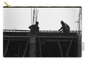 Workers Preparing Iron Girders As Part Of Laying The Roof Carry-all Pouch