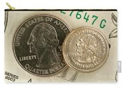 A Magnetically Shrunken Quarter Carry-all Pouch