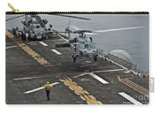 An Mh-60s Sea Hawk Lands Aboard Carry-all Pouch