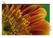 Macro Blumen Carry-all Pouch