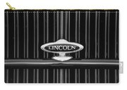 1932 Lincoln Kb Boattail Speedster Grille Emblem -1685bw Carry-all Pouch