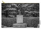 4387- Sculpture Black And Whi Carry-all Pouch