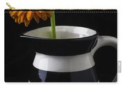 Black And White Vase With Daisy Carry-all Pouch