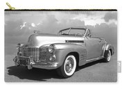 Bygone Era - 1941 Cadillac Convertible In Black And White Carry-all Pouch