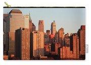 Gratte Ciel Manhattan Usa Carry-all Pouch