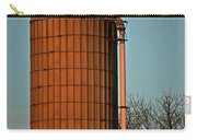 Hoover Pumps Atop Silo Carry-all Pouch