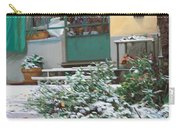 La Neve A Casa Carry-all Pouch
