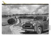 Down On The Farm- International Harvester In Black And White Carry-all Pouch