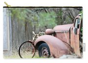 Yard Art 112 Carry-all Pouch