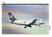 Lufthansa Airbus A319-114 Carry-all Pouch