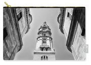 City Hall In Center City Philadelphia In Black And White Carry-all Pouch