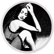 # 5 Penelope Cruz Portrait. Round Beach Towel