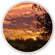 Canyon Dechelly Sunset In Copper And Gold Round Beach Towel
