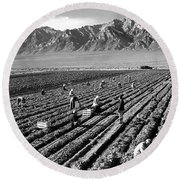 Farm Workers And Mount Williamson Round Beach Towel